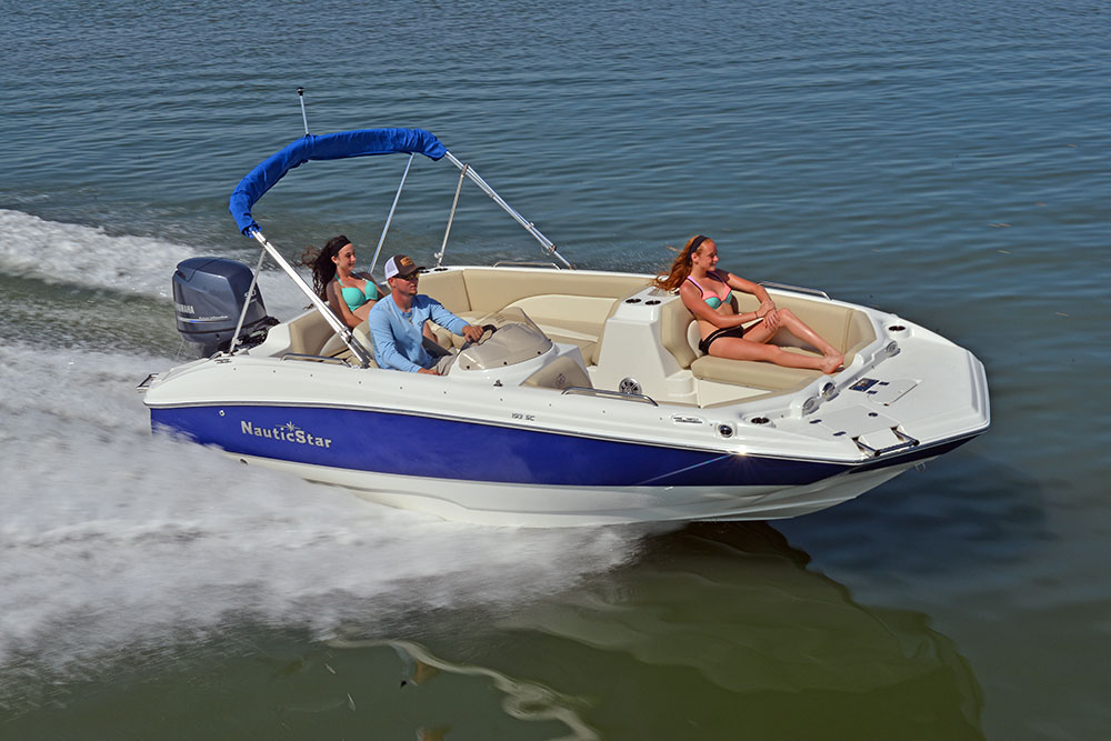 193SC running4 new 193 sc sport deck by nauticstar packs a powerful punch in a Nauticstar Boats 2200 XS at gsmportal.co