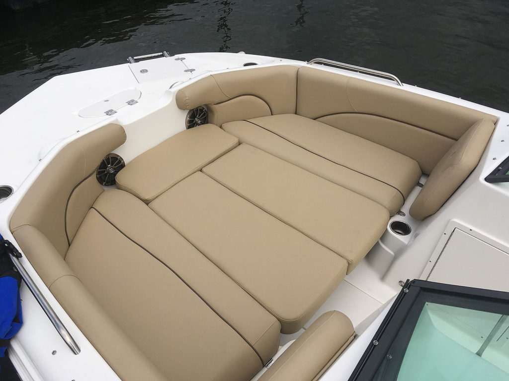 203DC-bow-filler-cushions_IMG_3697