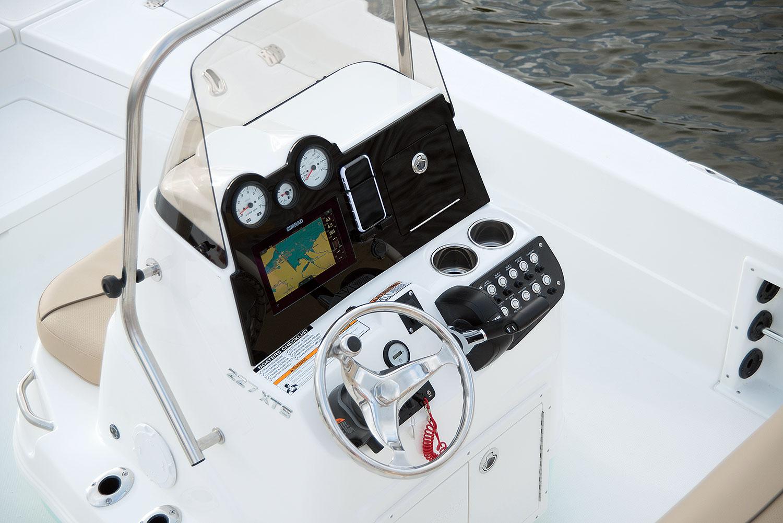 227 XTS   NauticStar Boats